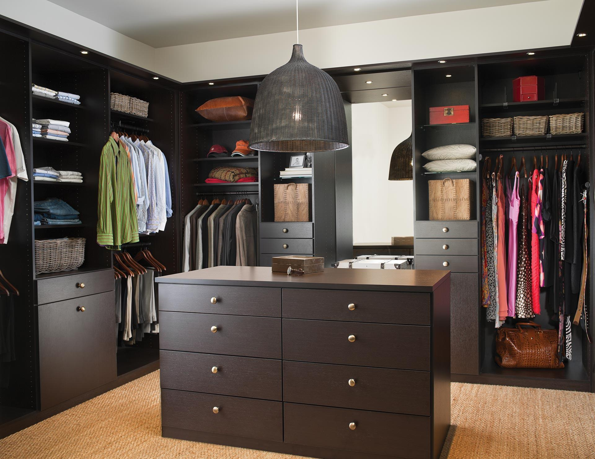 California Closets Montreal - Lee Master Walk in Closet Storage Solution