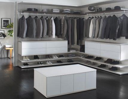Click to view GARDE-ROBE MODERNISTE